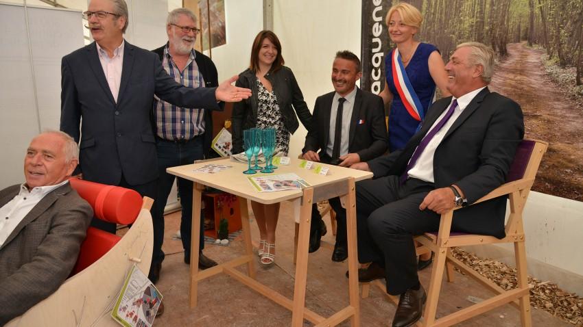 MOBILIER DE JARDIN - BOIS - FAUTEUILS - BROUETTE - GARDEN K - TABLE - BUREAU